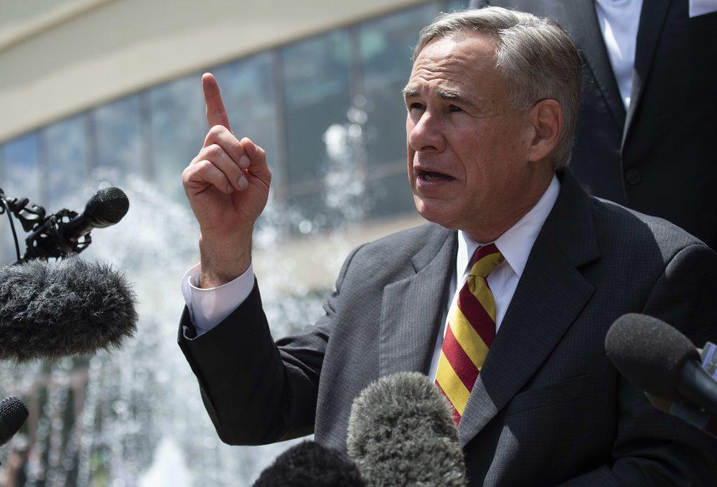 El brote de coronavirus de Texas 'tomará un poco de tiempo' para eliminar, dice el gobernador Abbott