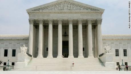 Documento: fallo de la Corte Suprema sobre la solicitud de los demócratas de la Cámara de documentos financieros de Trump