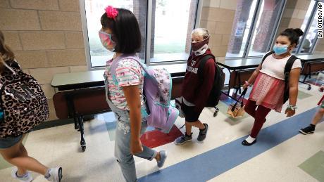 Reapertura de escuelas y aprendizaje virtual: los expertos ofrecen información valiosa